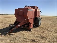Hesston 4910 Big Square Baler W/Monitor