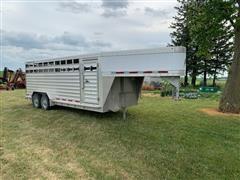 2011 Featherlite 8127 T/A Livestock Trailer