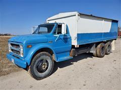 1970 Chevrolet C50 T/A Grain Truck