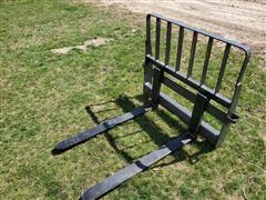 2020 CNH Industrial Extreme Duty Skid Steer Pallet Forks