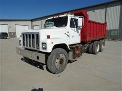 1980 International F2575 S-Series T/A Dump Truck