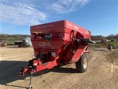 Gehl 8285 Feeder Wagon