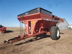 Brent 820 Grain Cart