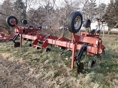 International 1830 Spring Shank Cultivator
