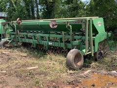 Great Plains 2015-151595 132231 No Till Soybean Drill