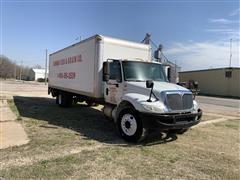 2009 International 4300 S/A Dry Box Truck