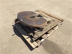 5th Wheel Plate