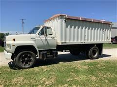 1987 Ford F700 S/A Grain Truck