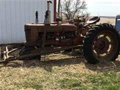 Farmall H Narrow Front 2WD Tractor W/Loader
