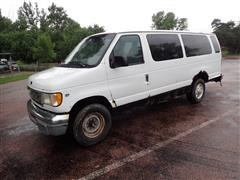 2000 Ford E350 XLT Super Duty 15-Passenger Van