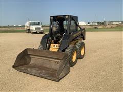 New Holland LX485 Skid Steer W/Bucket