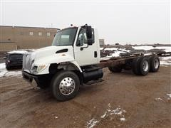 2004 International 7400 T/A Cab & Chassis