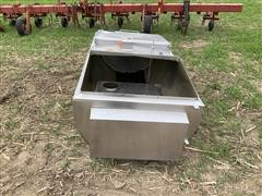 Solar Milk Minder 300 Gal Bulk Tank