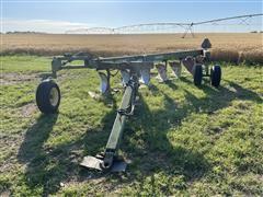 John Deere 3600 6-Bottom Adjustable Land Plow
