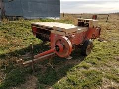 Case /King Kutter Small Square Baler & 3-Pt Round Bale Carrier