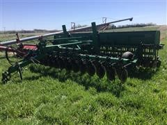 Great Plains Solid Stand 20 20' No-Till Drill W/Center Pivot Hitch