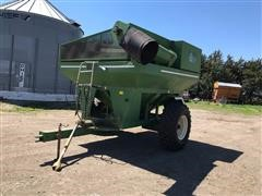 E-Z Trail 500 Grain Cart