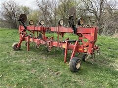 Wil-Rich 8-38 Row Crop Cultivator