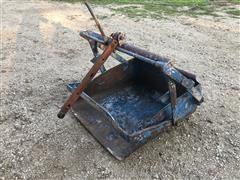 Dearborn 19-6 Rear Dirt Scoop/Slip