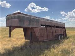 1981 Shop Built Gooseneck T/A Steel Livestock Trailer