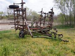 Glencoe 1250 25' Folding Field Cultivator