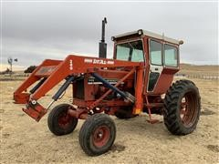 1979 International 686 2WD Tractor W/Loader