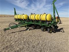 2003 John Deere 1750 MaxEmerge Plus 8R30 Planter