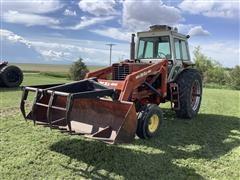 International F856 2WD Tractor W/Loader