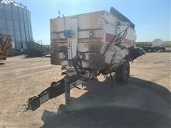 Harsh 375H Mixer Feeder Wagon