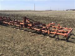 Allis-Chalmers 1200-E Field Cultivator