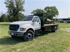 2000 Ford F650 XL 2WD Flatbed Truck