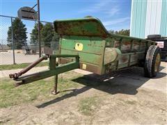 John Deere 44 Pull Type Manure Spreader