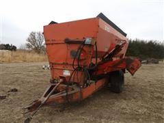 Butler Oswalt 370 Feeder/Mixer Wagon