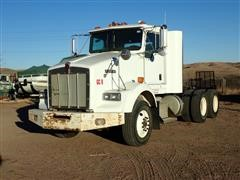 2004 Kenworth T800 T/A Day Cab Truck Tractor
