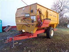 1999 Knight 3042 Reel Auggie Mixer/Feeder Wagon W/Scale