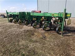 John Deere 885 6R36 Cultivator/Ditcher
