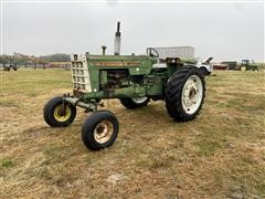 1969 Oliver 1550 455-22043 2WD Tractor