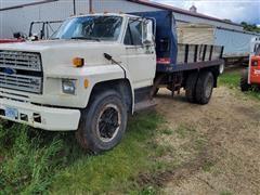 1987 Ford F700 Flatbed Dump Truck