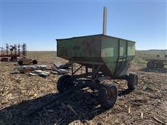 Huskee T-8 8 Ton Gravity Wagon