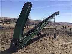 John Deere 350 Chain Conveyor
