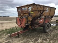 Knight Big Auggie 12 Feeder Mixer Wagon