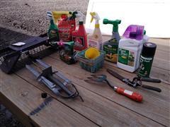 Lawn & Garden Tools & Varmint Traps