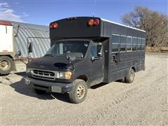 2000 Ford Econoline E450 Bus