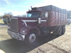 1974 Diamond Reo Grain Truck