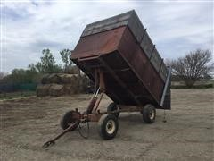Stan-hoist Forage Wagon