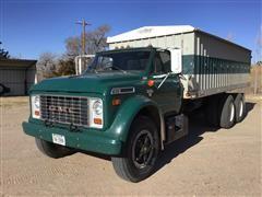 1972 GMC 6500 T/A Grain Truck