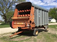Meyer 500 TSS Forage Wagon