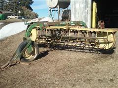 John Deere 660 9' Hay Rake