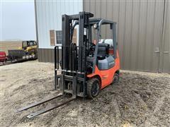 Toyota 7FGCU25 Forklift