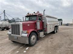 1995 Peterbilt 379 T/A Fuel Truck